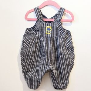 2/$20Baby boys bubble plaid overalls 6/9 months